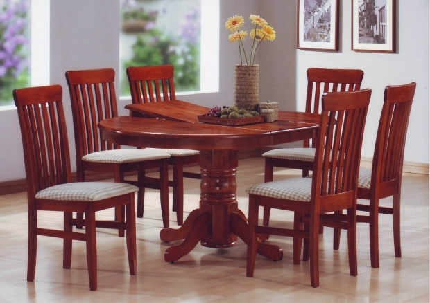 HV CAPELLA DINING SET